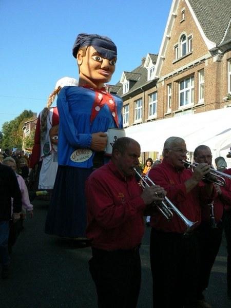 Grand Colas défile à la Braderie